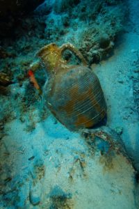 A Late Roman amphora on the seafloor